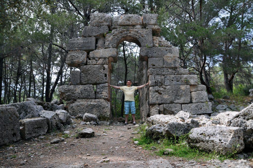 Арка в Фазелисе